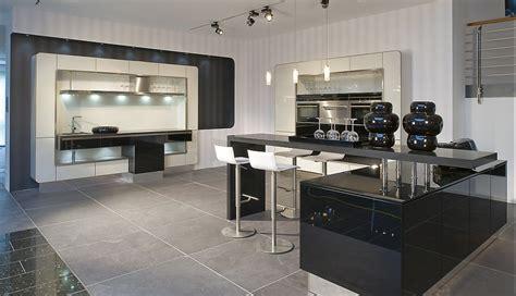 U Küche Mit Theke by Wohnzimmer Regale Design