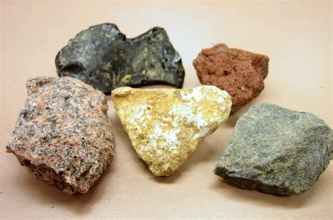 Names Of Rocks That Contain Gold | مقارنة بين الصخور النارية والصخور المتحولة المرسال