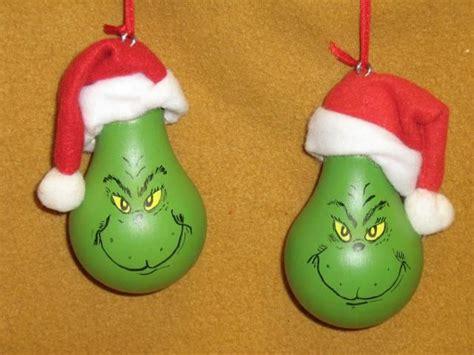 ornaments light bulbs 25 best ideas about lightbulb ornaments on