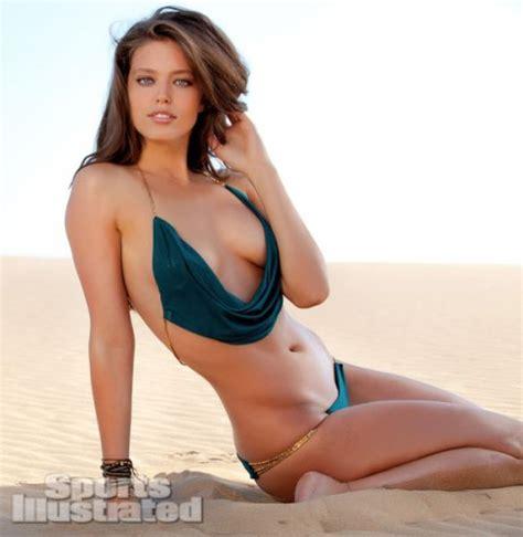 worlds hottest women gets it the world s hottest girls 85 pics izismile com