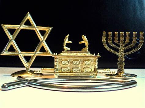 candelabro judeus petrucio pessoa 169 os pentecostais e o uso de arca