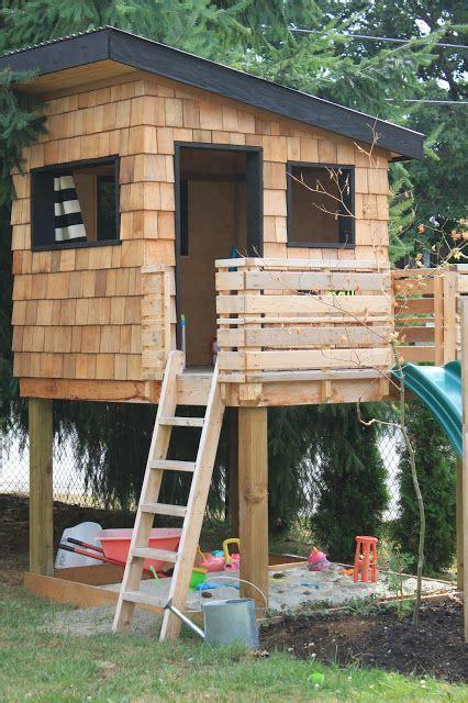 backyard playhouse best 25 modern playhouse ideas on pinterest