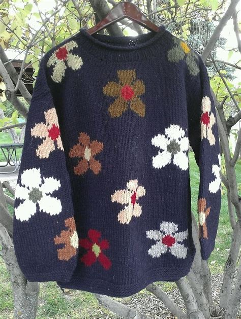 Handmade Woolen Clothes - warm and festive sisandina handicrafts 100 wool sweater