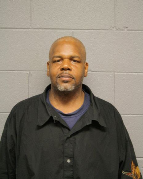 Chicago Il Arrest Records Michael Palmore Inmate 16804861 Cook County Near Chicago Il