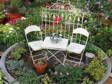 pictures of beautiful gardens for small homes beautiful small garden in the house 4 home ideas