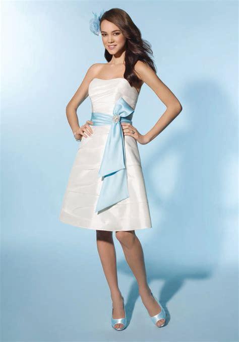 Schlichte Kurze Brautkleider by The Most Stylish Dresses And Wedding And Simple