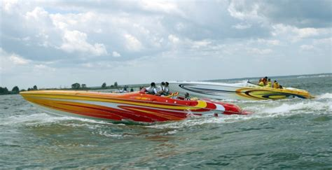 quot cigarette quot boat owners spend big bucks to satisfy their - Cigarette Boat Startup