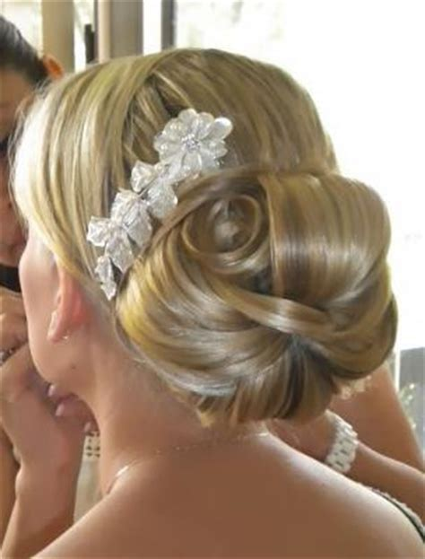 Wedding Hairstyles Buns Pictures by Bridal Bun Hairstyle