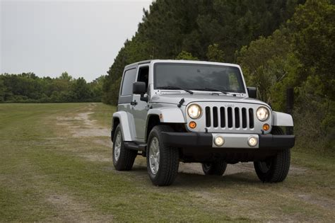 2010 Jeep Parts 2010 Jeep Wrangler 4 215 4 Review Test Drive