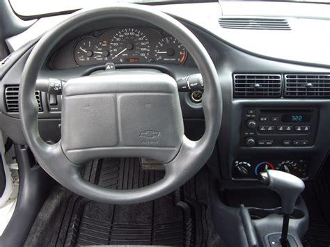 2002 Chevy Cavalier Interior by 2002 Chevrolet Cavalier Pictures Cargurus