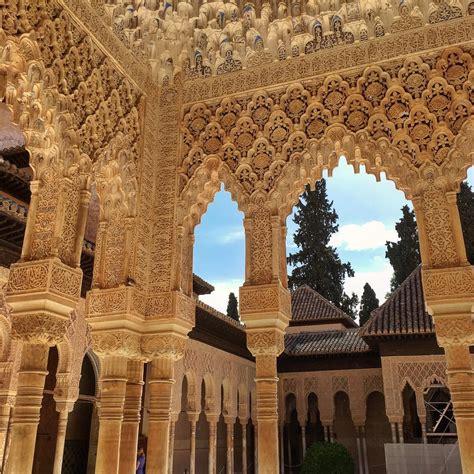 seville kota cantik bukti kejayaan islam  spanyol