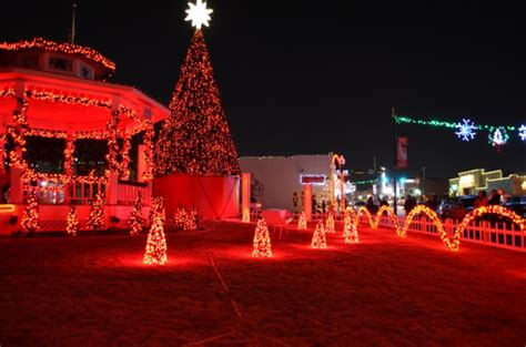 christmas lights grapevine tx the christmas light show downtown is pretty cool