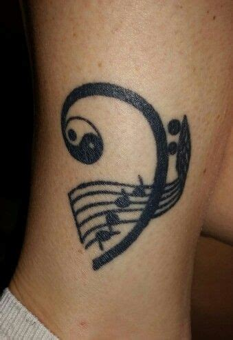 bass clef tattoos 82 best bass clef tattoos images on guitar