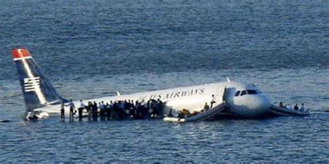 film anak hilang di pesawat sully kisah heroik yang mengingatkan pada kepahlawanan