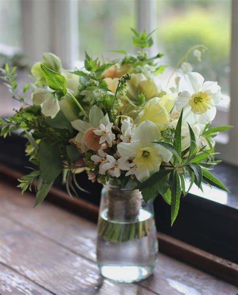 Cut Flowers Wedding Bouquet by 303 Best Seasonal Flowers Images On