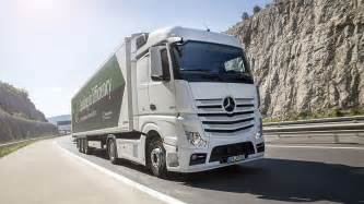 Mercedes And Mercedes Mercedes Actros Economical And Environmentally