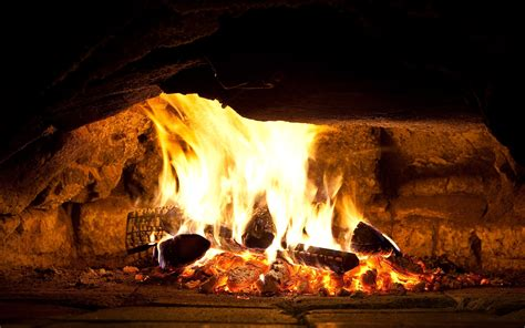 Hd Fireplace by 9 Lovely Hd Fireplace Wallpapers Hdwallsource
