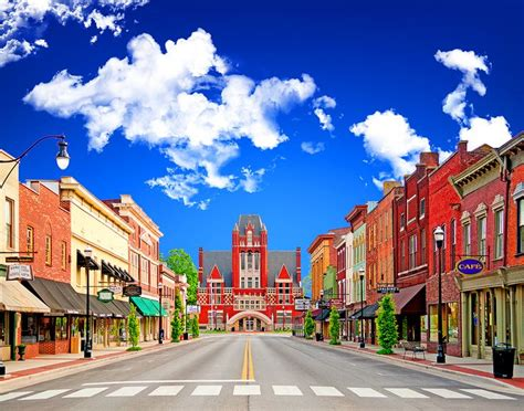 smallest city in us bardstown ky america s most beautiful small town small towns in america