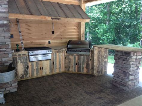 rustic outdoor kitchens ideas 25 best ideas about rustic outdoor kitchens on pinterest