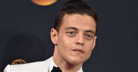 freddie mercury mr robot rami malek cast in freddie mercury biopic