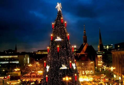 weihnachtsmarkt oberb 252 rgermeister sierau knipst