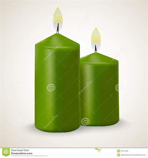 imágenes de velas verdes dos velas verdes ardientes del vector aisladas