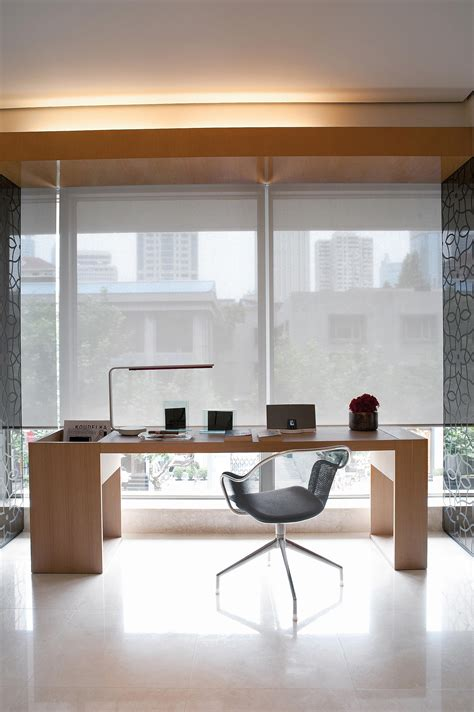 tende silent gliss roller blind system silent gliss 4840 roller blinds from