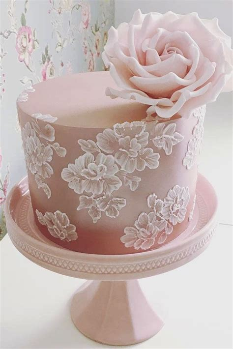 Best Wedding Cake Designs by Best 25 Lace Cakes Ideas On Rolled Fondant