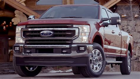 ford   super duty king ranch driving interior