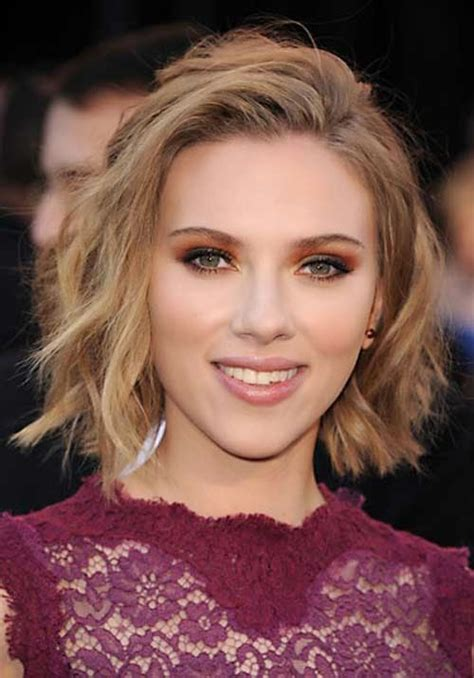 why scarlett johansson cut hair scarlett johansson 2013 hairstyle celebrity magazine
