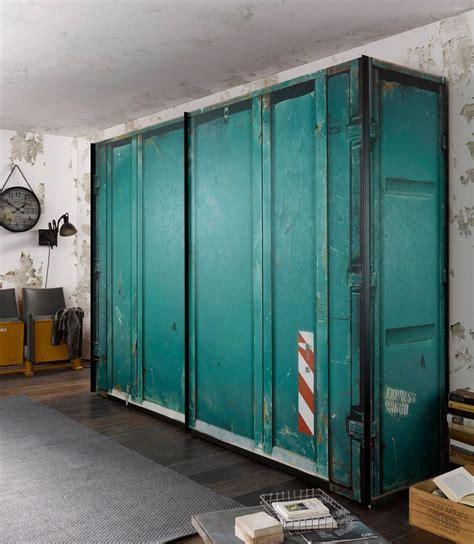 Schrank Container