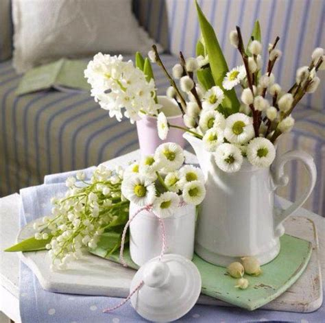 bright  easy spring flower arrangement ideas