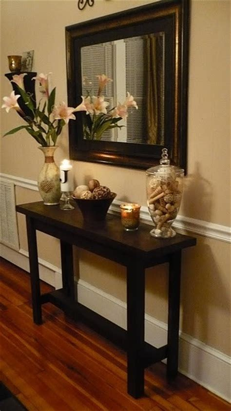 entryway table ideas maybe when the kids grow up but the chair rail is a nice