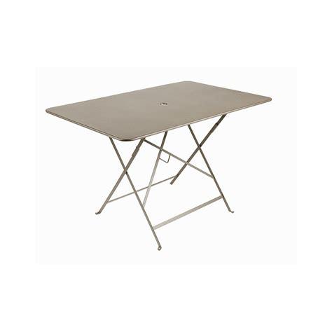 Table Bistro Fermob 117 X 77 Table De Jardin Pliante Bistro Fermob Muscade 117 X 77 X 74 Cm Tables De Jardin Fermob