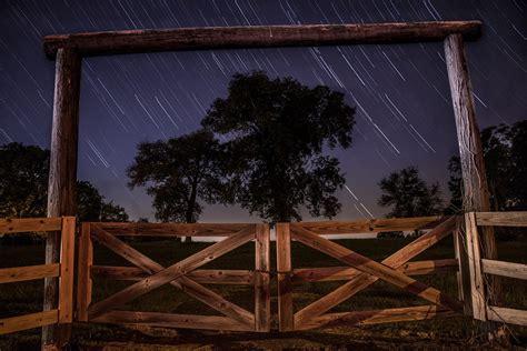 vallas de jardin de madera vallas de jard 237 n con lamas de madera tarimas del mundo
