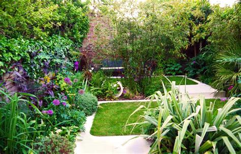 urban backyard small urban garden design ideas quiet corner
