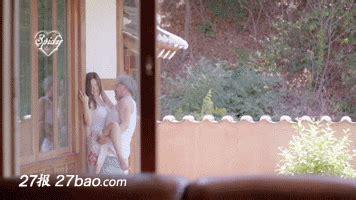 男人摸美女胸摸视频么说图呕?男人最敏感的地方摸哪里视频