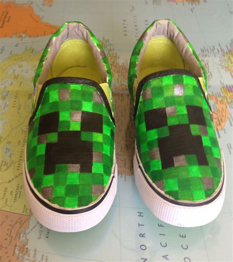 the creeper shoes minecraft creeper shoes well i found something that i