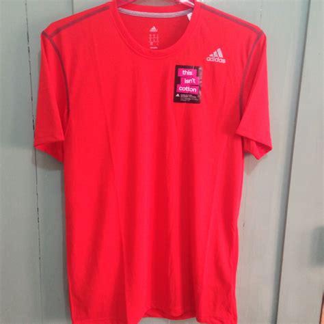 Pakaian Fitness Baju Kaos Lari Pria Ufc 3 Undisputed terjual pakaian olahraga pria wanita adidas kaos running polo basket baselayer all original