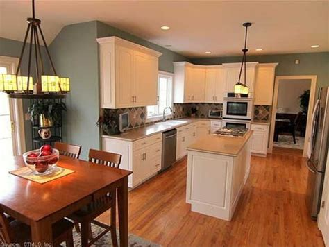 need small eat in kitchen layout help need help with a kitchen layout possible very large
