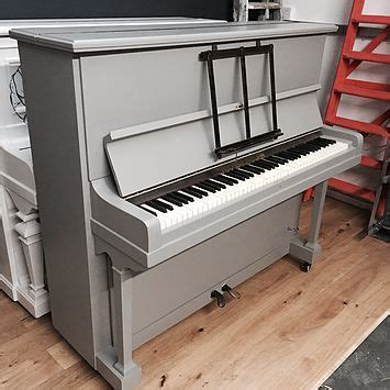 painted piano bench ideas 25 best ideas about painted pianos on piano
