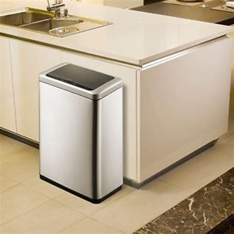 kitchen trash cans white large kitchen trash cans with lids garbage