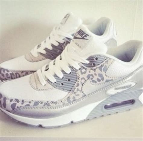 shoes white leopard print nike wheretoget