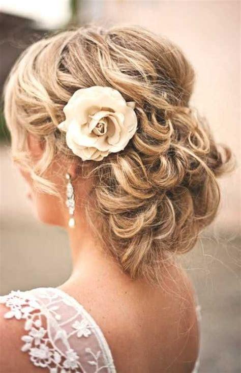 Hochzeitsfrisur Halboffen Blume by 220 Ber 1 000 Ideen Zu Brautfrisur Halboffen Auf