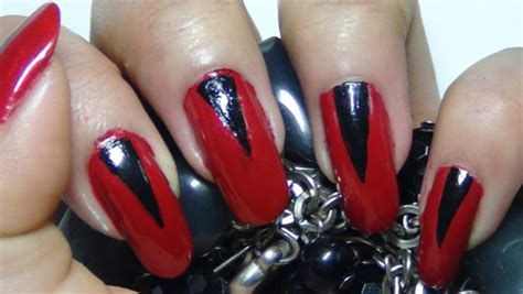 easy nail art red 2 amazing red nail art tutorials with detailed steps