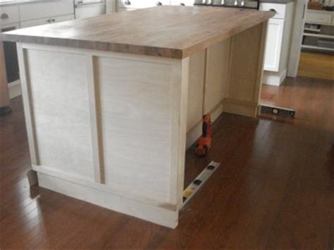 kitchen island with seats kitchen island seats 3 kitchens pinterest