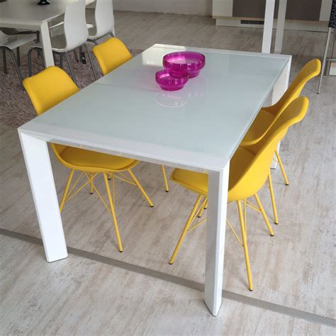 tavolo bianco tavolo artek acciaio bianco e vetro bianco 35 tavoli a