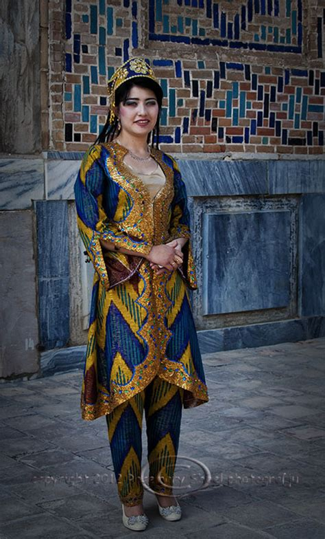 Uzbek Traditional Dress Women | an uzbek bride travel photographs by rosemary sheel
