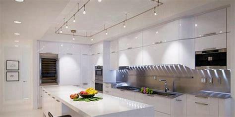 illuminazione per cucine moderne illuminazione cucina moderna idee creative di interni e