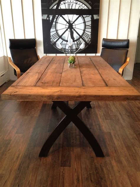 Barn Board Table 17 best images about barn wood on tables barn board headboard and barn wood headboard